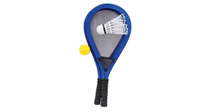 Jumbo racket set with 2 balls